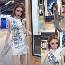 夏季新款短袖牡丹刺繡包臀開叉旗袍連衣裙