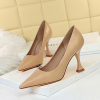 262-1 European and American fashion simple cat heel high heel shallow mouth sexy nightclub show thin high heels women's single shoes
