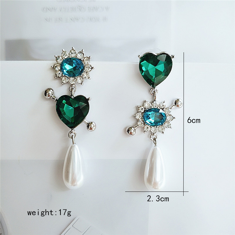 Korean temperament alloy love diamond pendant personality wild earrings tide earrings wholesale nihaojewelry NHVA219345