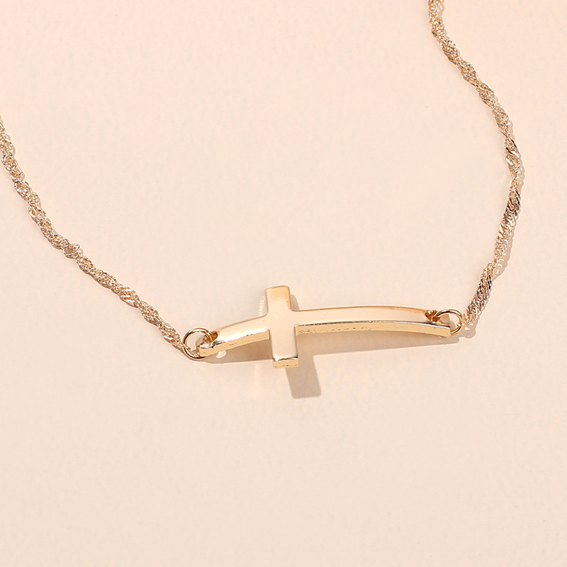 Fashion womens necklace simple cross pendant necklace punk short clavicle chain nihaojewelry NHRN237248
