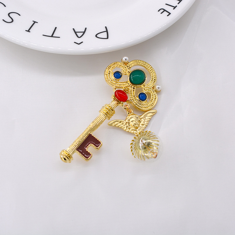 Fashion retro geometric angel key pin chain brooch for women banquet dress accessories NHNT203527