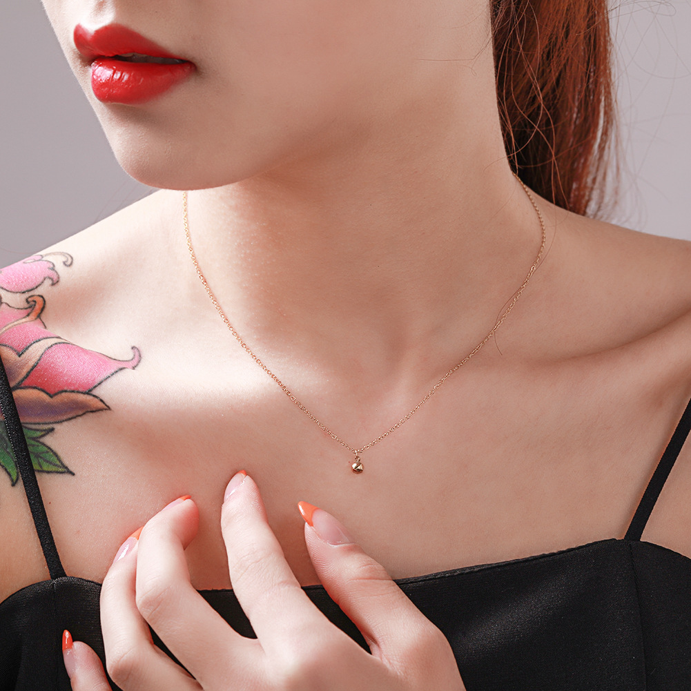 Korean new fashion stainless steel necklace simple clavicle chain pendant rose gold titanium steel necklace women NHJJ206735