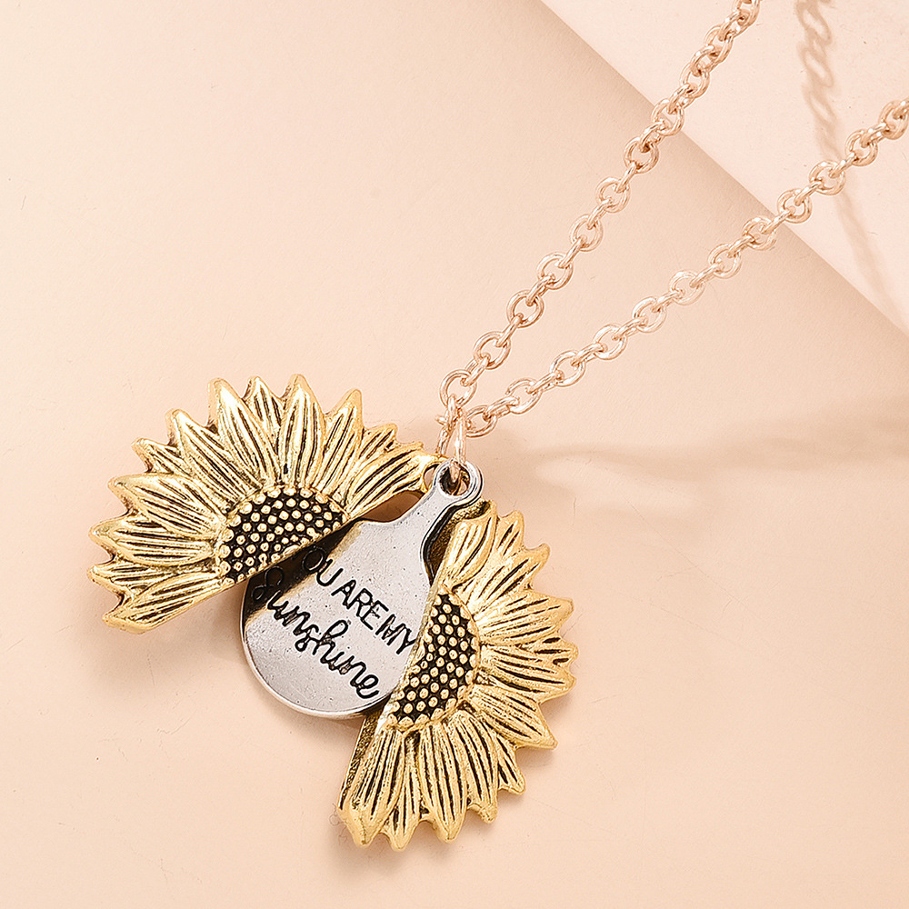 retro creative necklace  personality hip-hop openable sunflower pendant necklace nihaojewelry wholesale NHMD215242