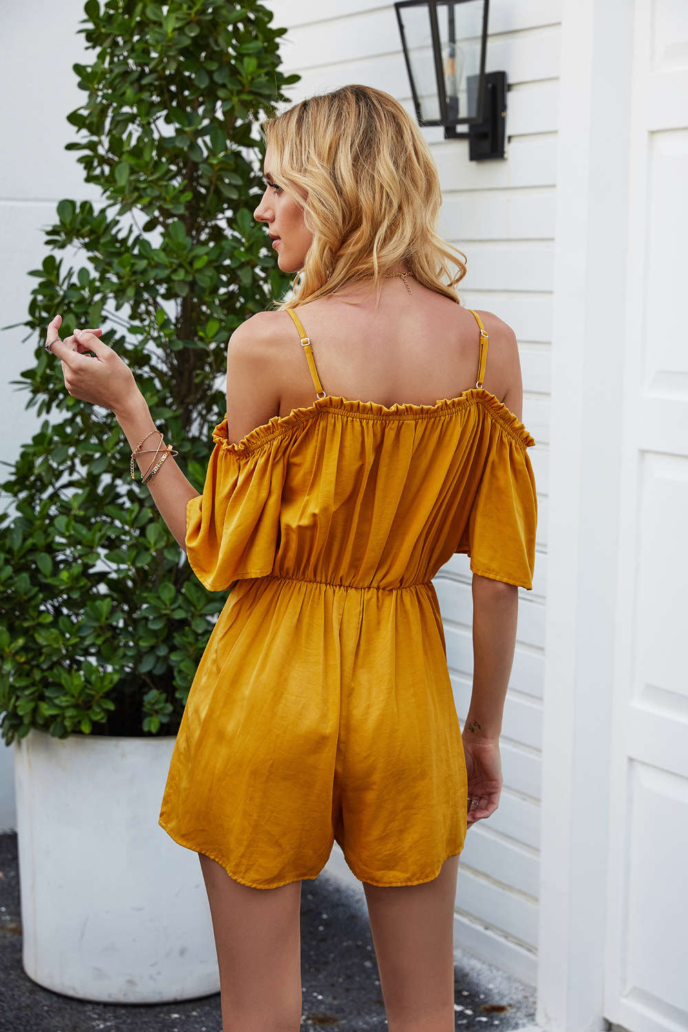 summer new solid color one-shoulder sling pleated jumpsuit  NSDF119