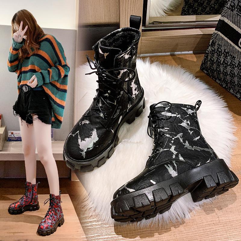 高帮松糕鞋女2020冬季新款厚底马丁靴印花迷彩高跟系带短靴批发