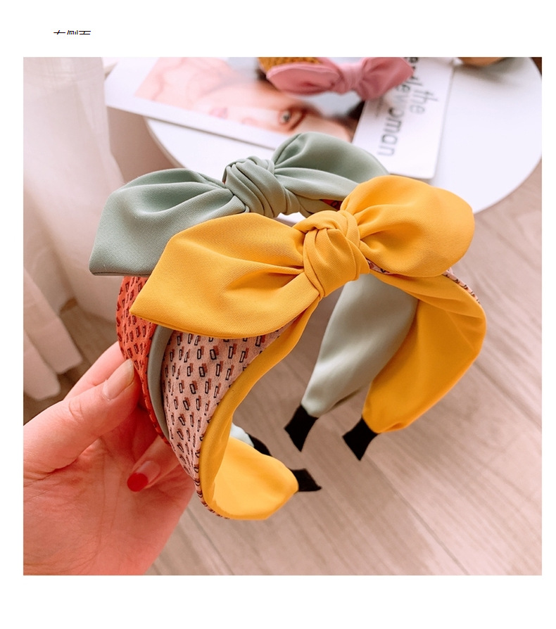 Korean  new wild retro drizzle plain plain bow hair hoop comfortable wild headband NHHD200318