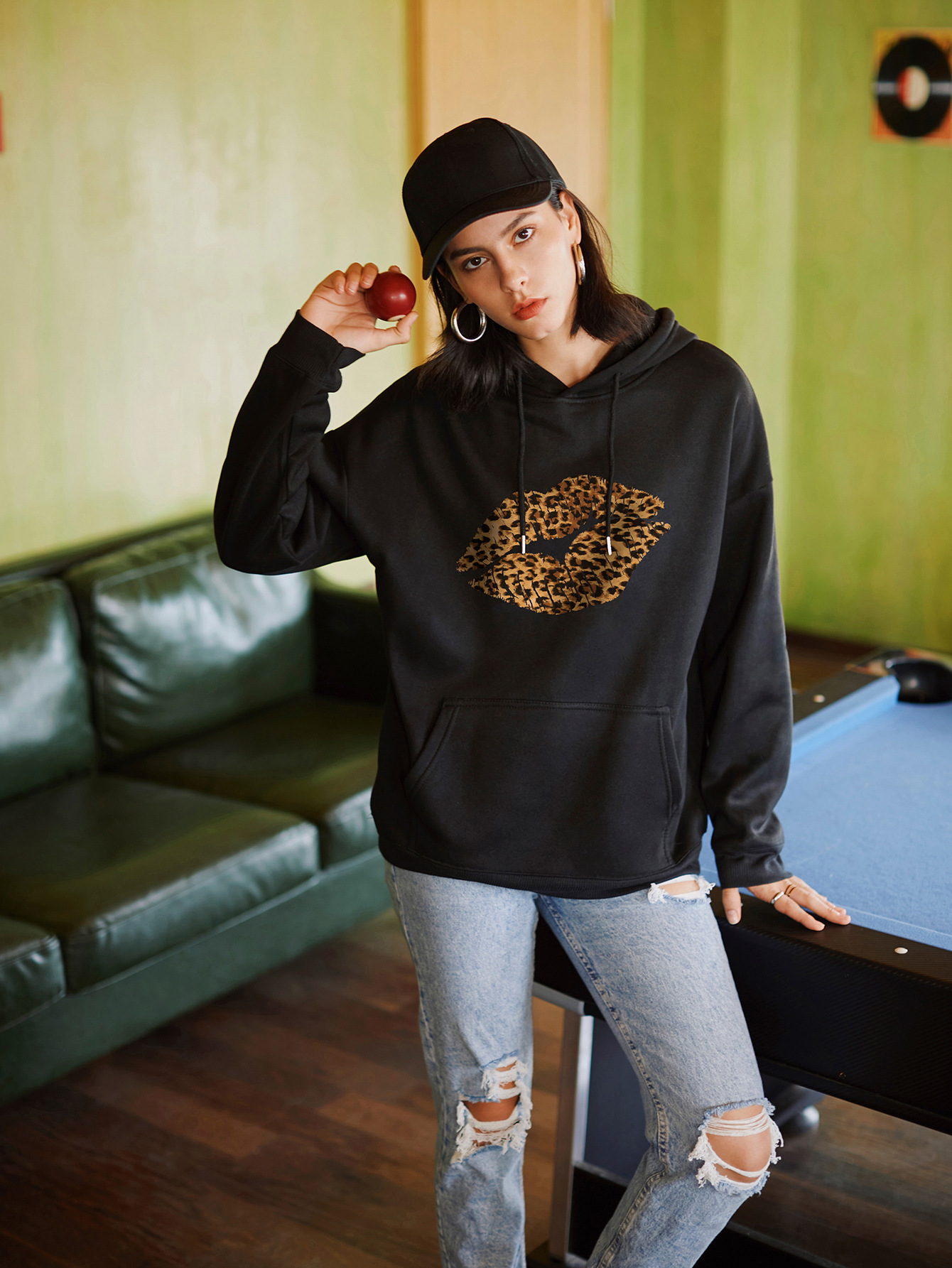 hot autumn and winter hooded women's sweater sexy leopard lips wholesale NSSN303
