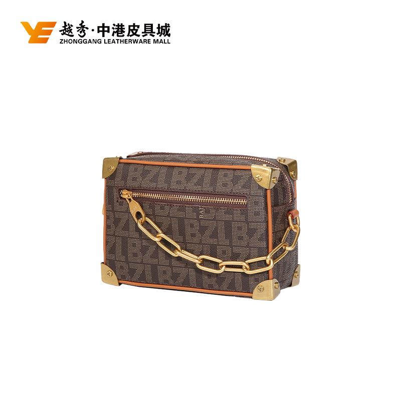 厂家直销PVC真皮包2020新款潮网红复古老花面料 箱形拉链专柜供价