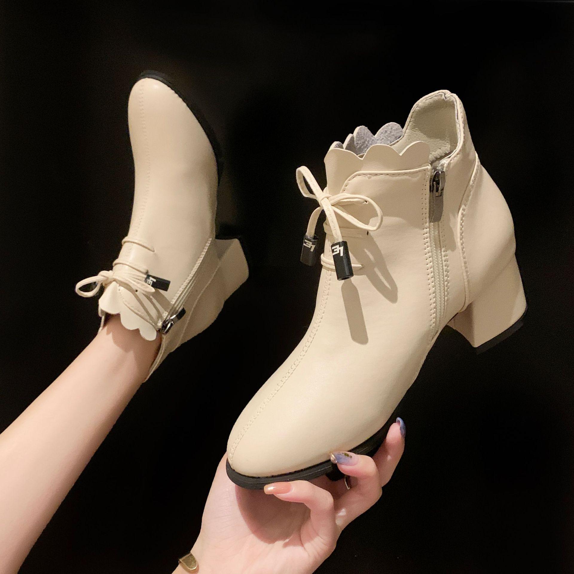 2020年低筒侧拉链纯色秋冬粗跟女韩版蝴蝶结马丁靴系带圆头时装靴