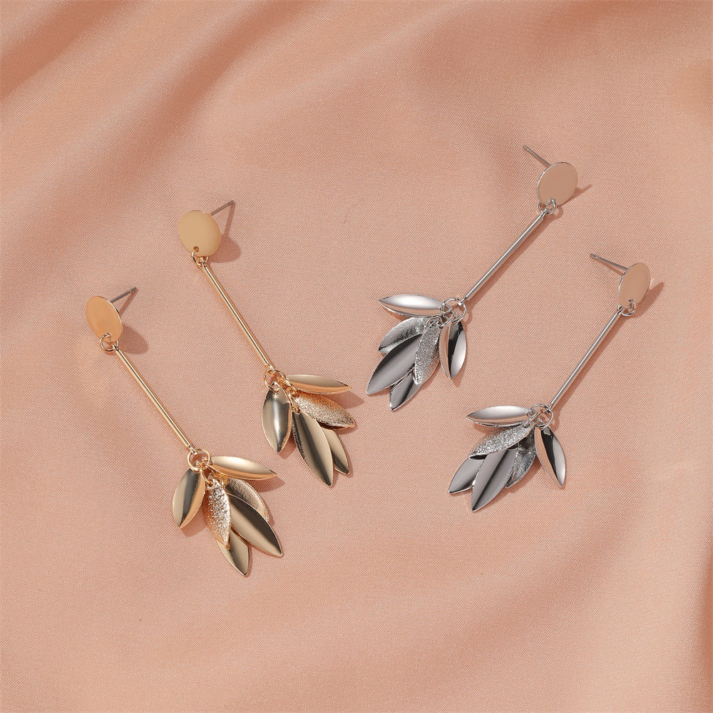 long fringed earrings retro frosted leaves earrings personality cold temperament wild earrings wholesale nihaojewelry NHDP224335