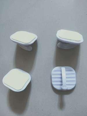 货源白色强力迷你塑料粘钩加大无痕挂衣钩厨房浴室门后瓷砖不干胶挂钩批发