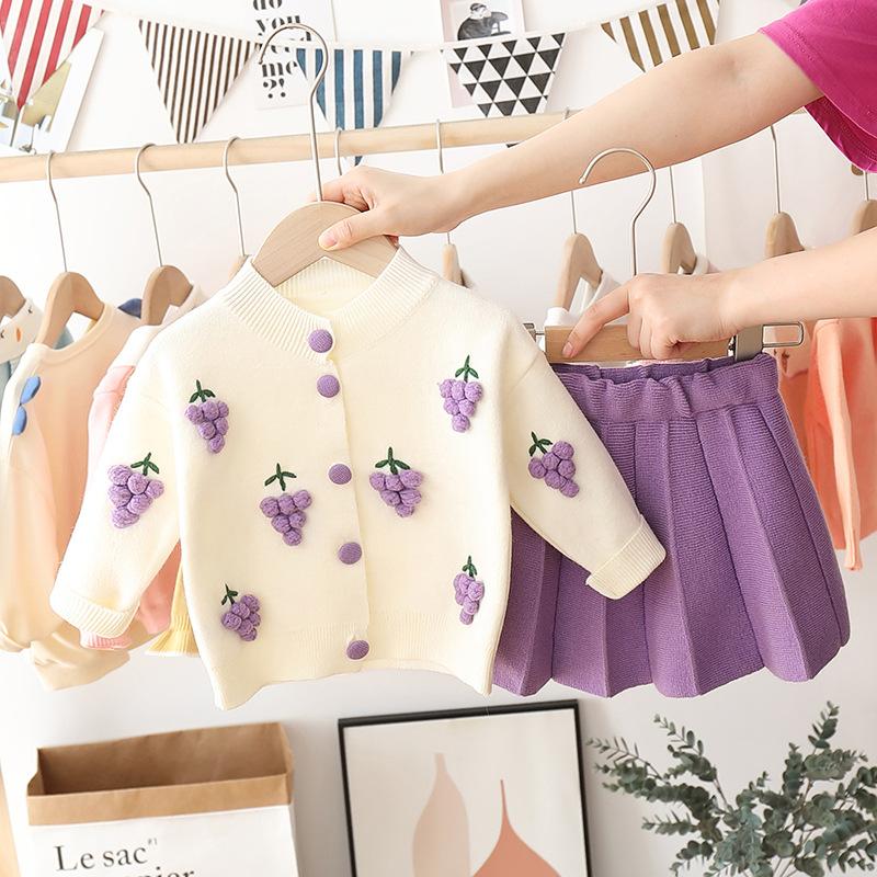 2020年新款女童秋装针织两件套女孩可爱毛衣套裙保暖开衫百褶裙