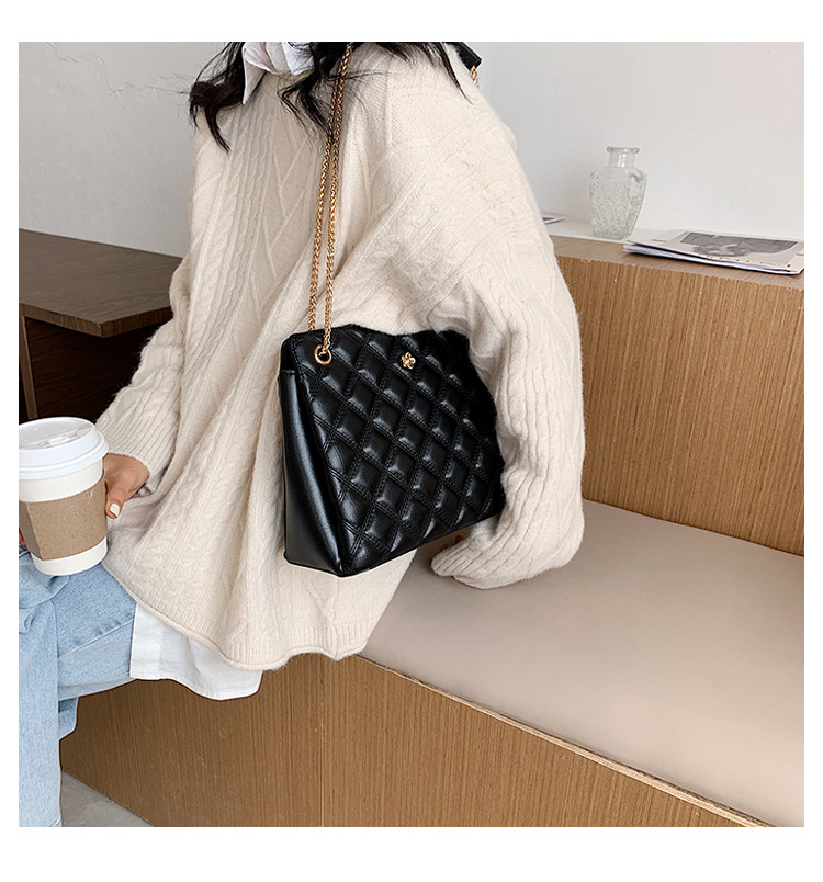 Simple small fashion chain oneshoulder underarm bag allmatch messenger bag NHJZ263358