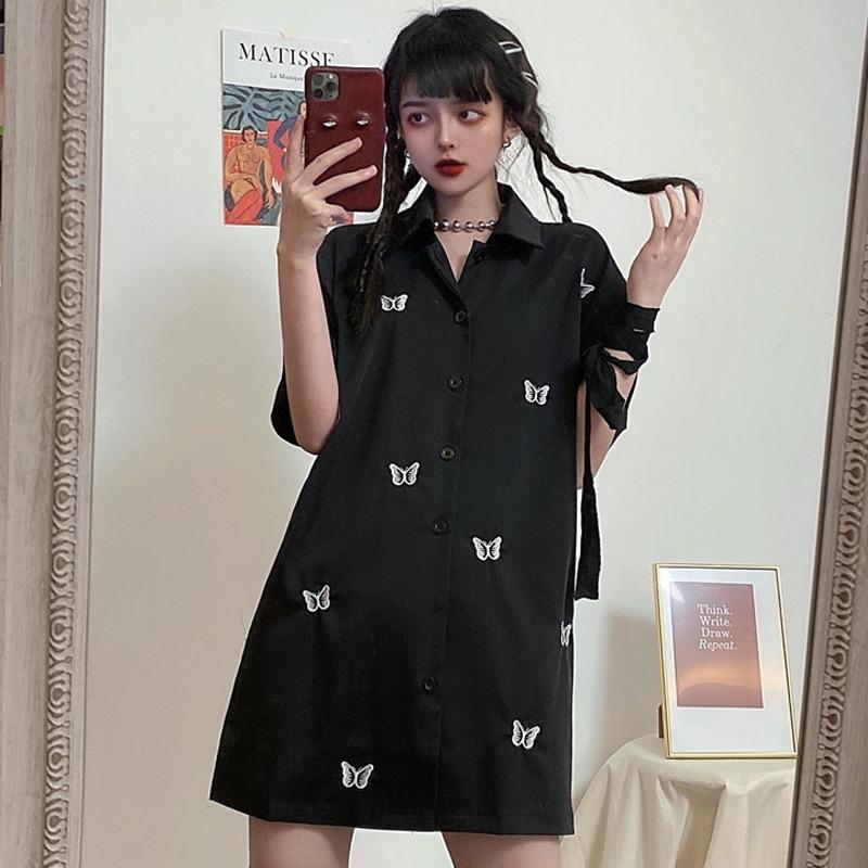 夏季2020新款暗黑系修身显瘦蝴蝶刺绣中长款宽松黑色短袖衬衫女