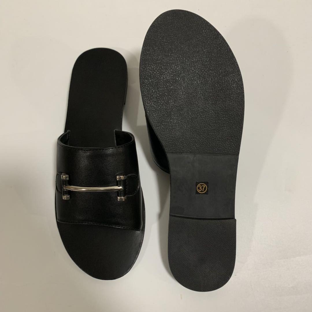 Summer  simple black  leisure wild word drag metal buckle flat bottom open toe slippers  large size women's shoes nihaojewelry wholesale NHHU217714