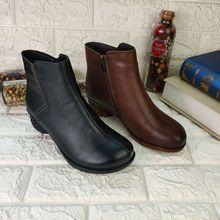 秋冬新款头层牛皮妈妈低筒靴民族风中跟圆头时尚舒适真皮牛皮短靴