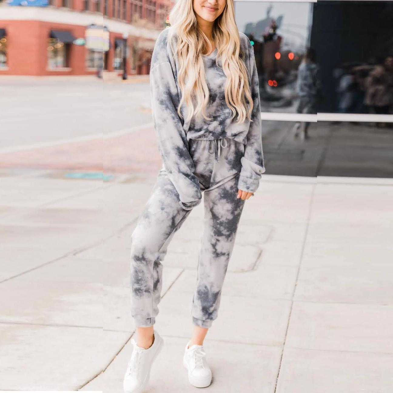 Spring and summer 2020 new European and American home casual wear two-piece women's summer Amazon long sleeve pants suit home