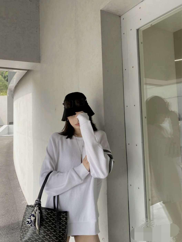 厂家直销一件代发 2020韩版早秋新款TB华夫格四道杠圆领时尚卫衣