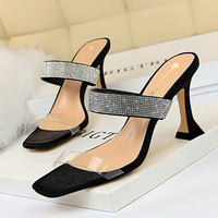 2772-1 European and American sexy women's cool slippers with thick heel and transparent hollow open toe square head water drill with slippers