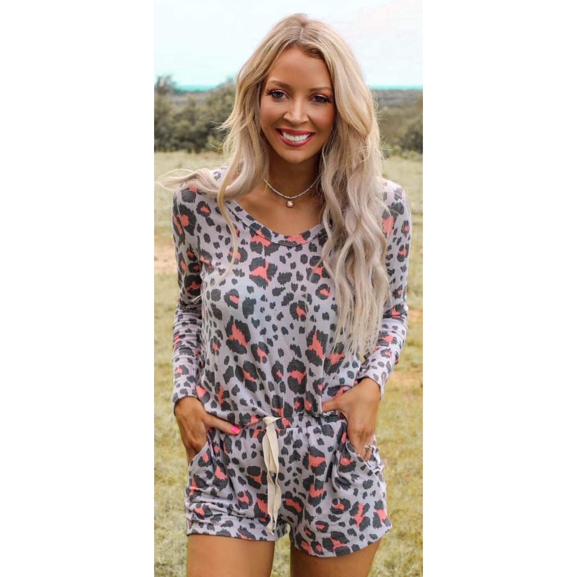 new hot style women's printed long-sleeved round neck casual home wear suit NSKX5922