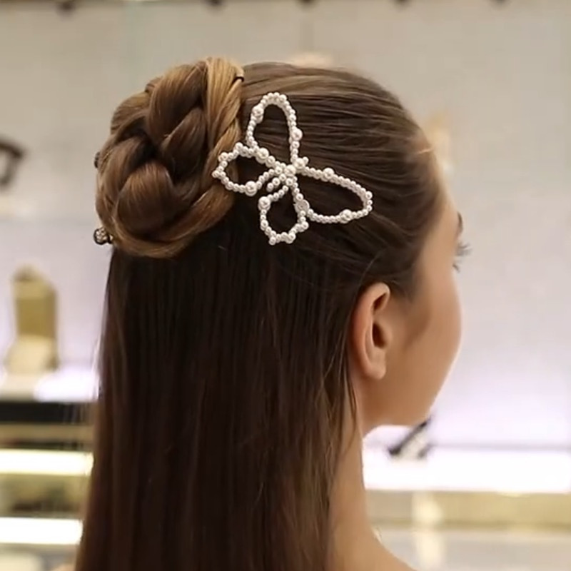Korea new pearl hollow big butterfly French retro side clip bangs clip wholesale nihaojewelry NHYQ233952