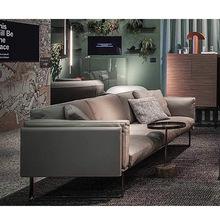 现代简约真皮沙发头层黄牛皮羽绒大三人位组合客厅家具直排沙发