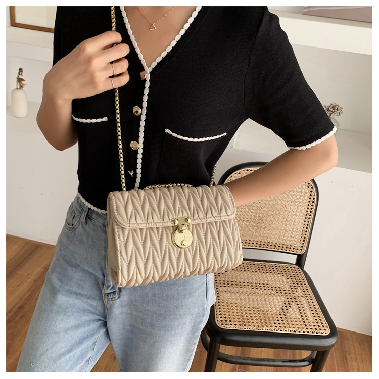 Fashion bag for women new trendy fashion embroidery thread chain bag all-match messenger bag wholesale nihoajewelry NHJZ237939