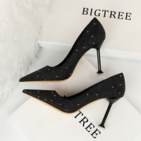 1716-26 European and American fashion show thin thin thin heel high heel shallow mouth pointed sexy nightclub high heel shoes women's single shoes