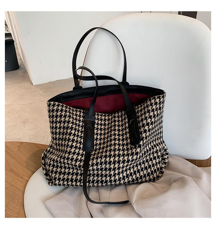 Autumn new trendy fashion largecapacity tote plaid shoulder handbag  NHJZ267579