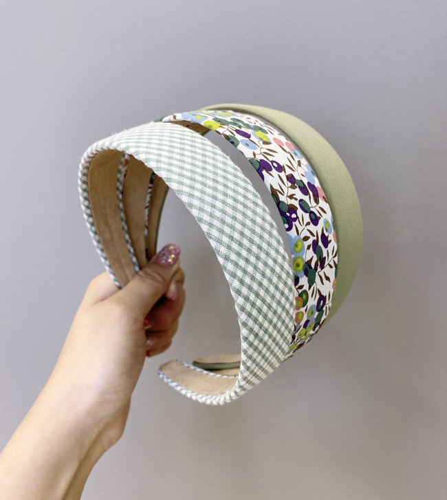 Retro Floral Plaid Hairband  South Korea Wild Fashion Pure Color Wash Face Wide-brimmed Headband Hair Cave Hair Accessories Hair Bundle wholesale nihaojewelry NHSM222206