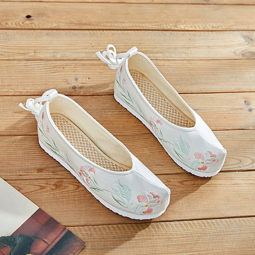 Ancient traditional chinese hanfu shoes heightening embroidered clothing casual shoes princess fairy film cosplay shoes