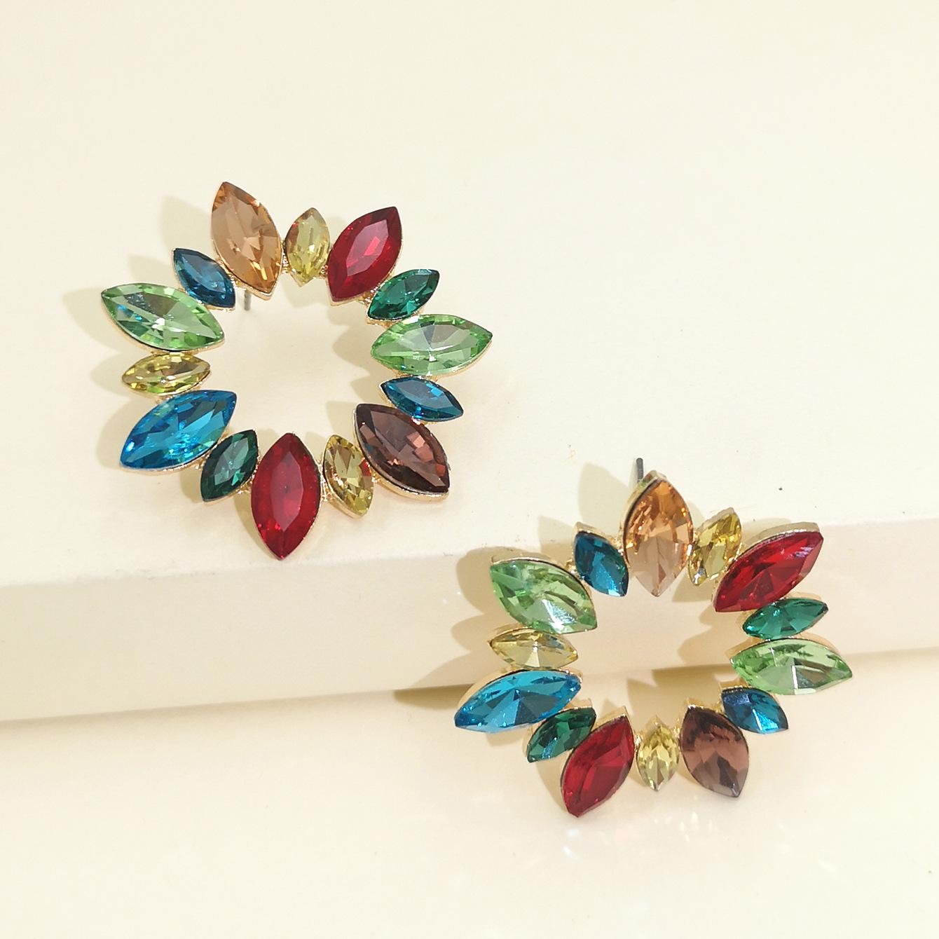 fashion exaggerated diamond geometric sunflower full diamond earrings temperament elegant women's earrings hot sale wholesale nihaojewelry NHJJ220050