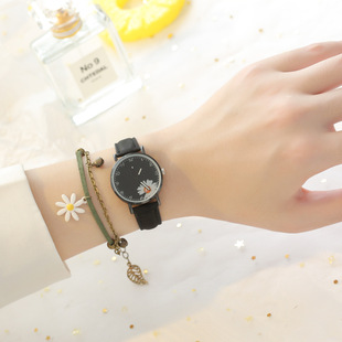 Factory direct sales ladies new small daisy watch set fresh and simple student fashion quartz watch