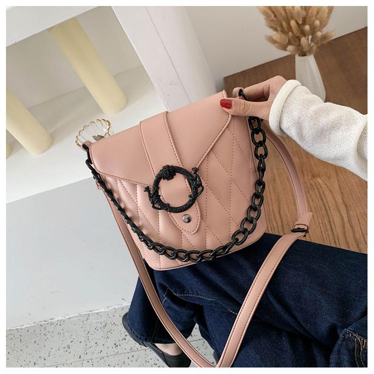 New Fashion Textured Chain Messenger Bag Wild Shoulder Bucket Bag Wholesale NHTC204192