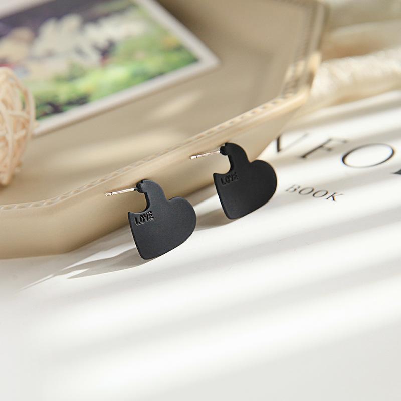 Fashion earrings oil drop wild simple love earrings wholesale NHQD202582