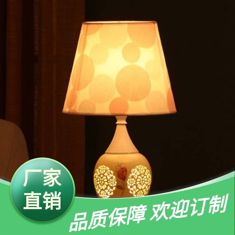 景德镇陶瓷灯具粉彩台灯中式书房薄胎陶瓷灯陶瓷灯具图片