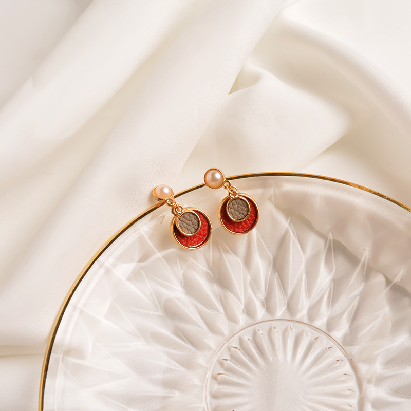Red short circle earrings  personality with pearl earrings simple geometric circle earring temperament wild earrings NHWF194217