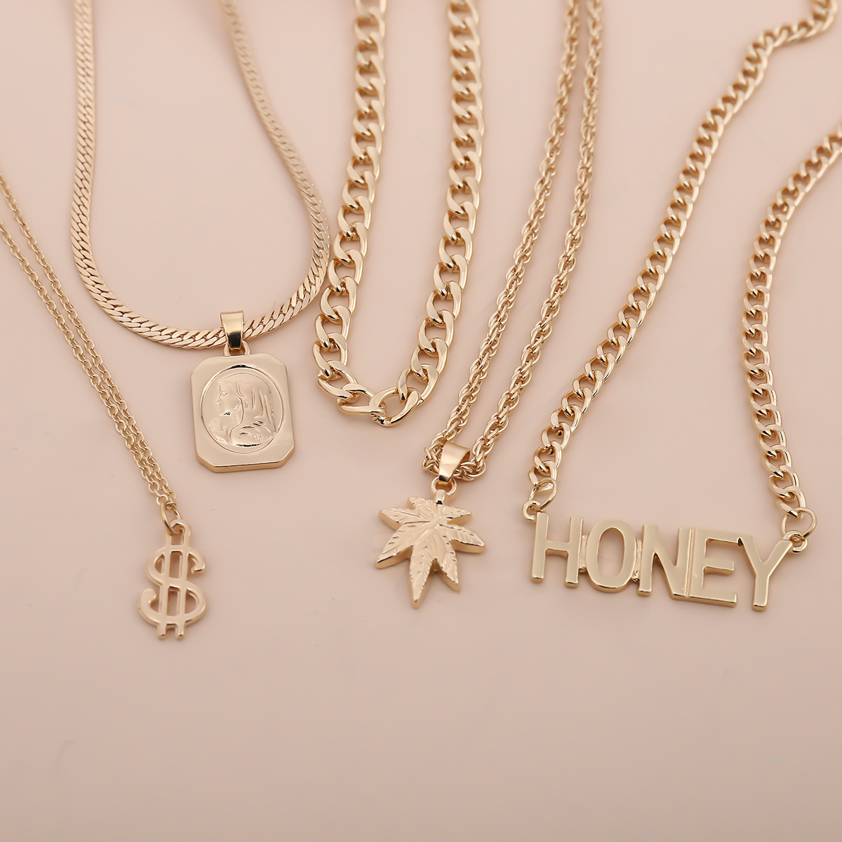 Fashion jewelry personalized wild portrait maple leaf item punk dollar honey fashion pendant necklace NHXR217208
