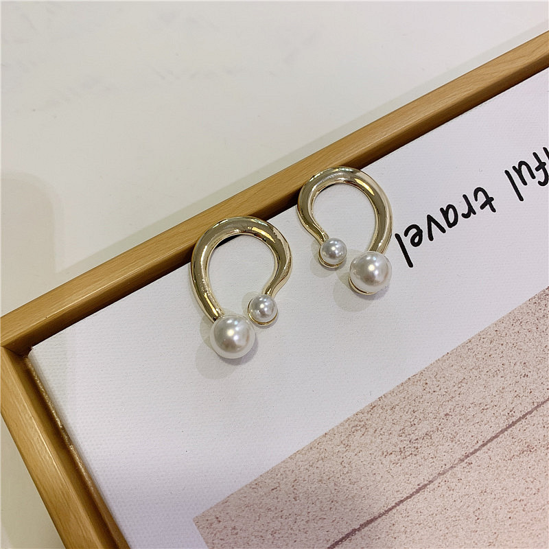 Metal earrings fashion frosty pearl earrings female earrings geometric earrings NHYQ201413