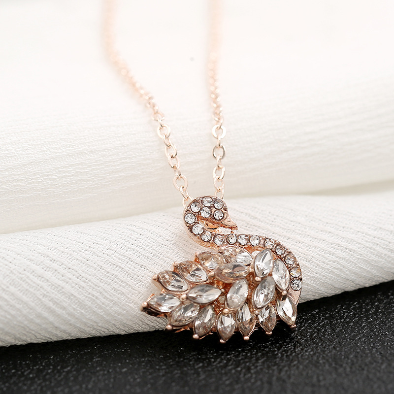 Fashion necklace simple diamond swan necklace wholesale NHKQ204462