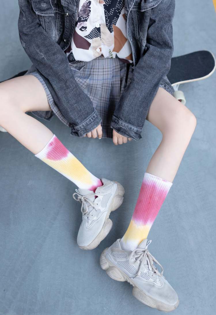 retro socks autumn and winter new tube socks ladies printed socks tie-dye socks NSFN4077