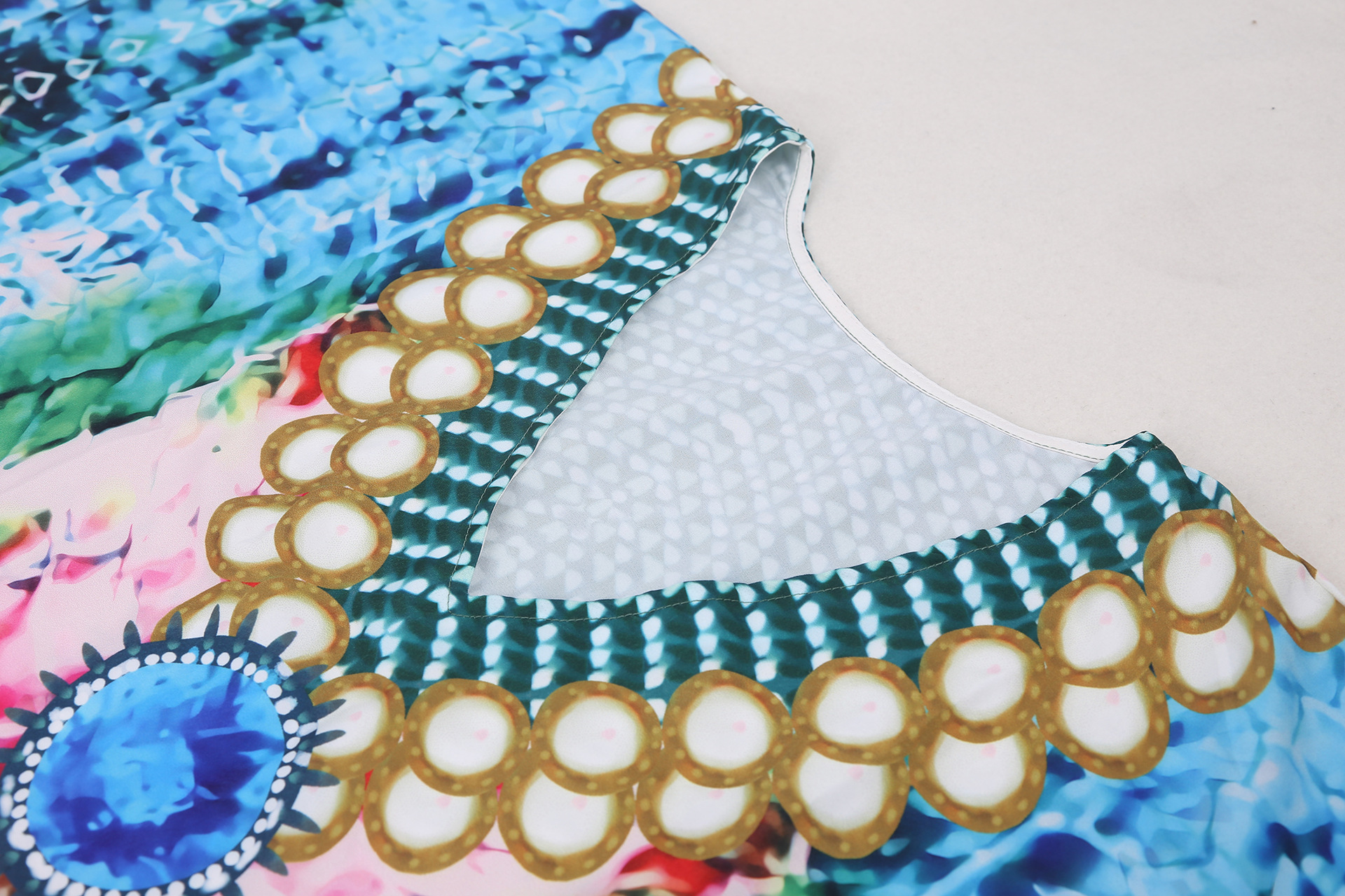 New blue green and red snake pattern holiday long skirt beach sunscreen blouse wholesale nihaojewelry NHXW243969