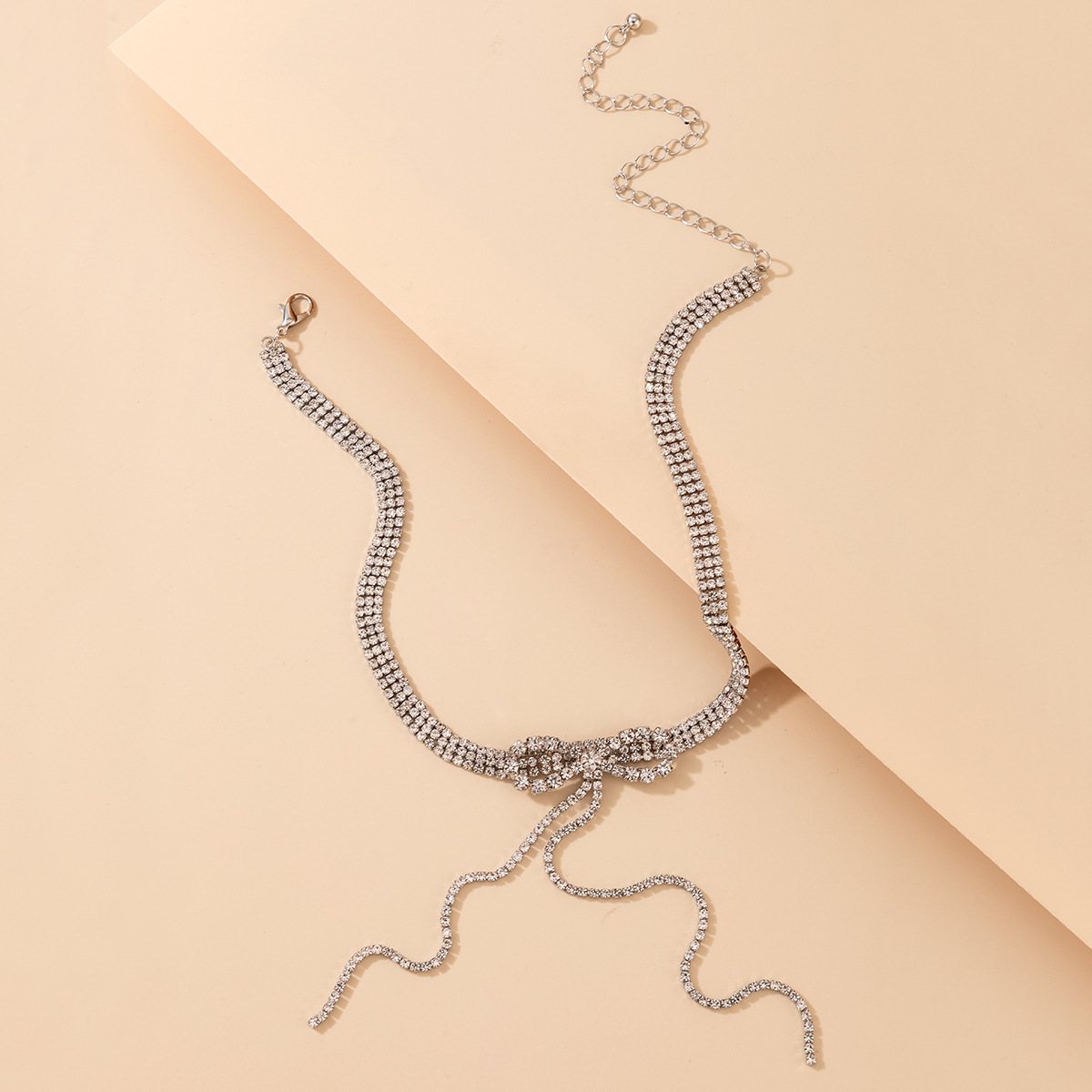 exaggerated fashion full diamond long tassel bow necklace NHGY266566