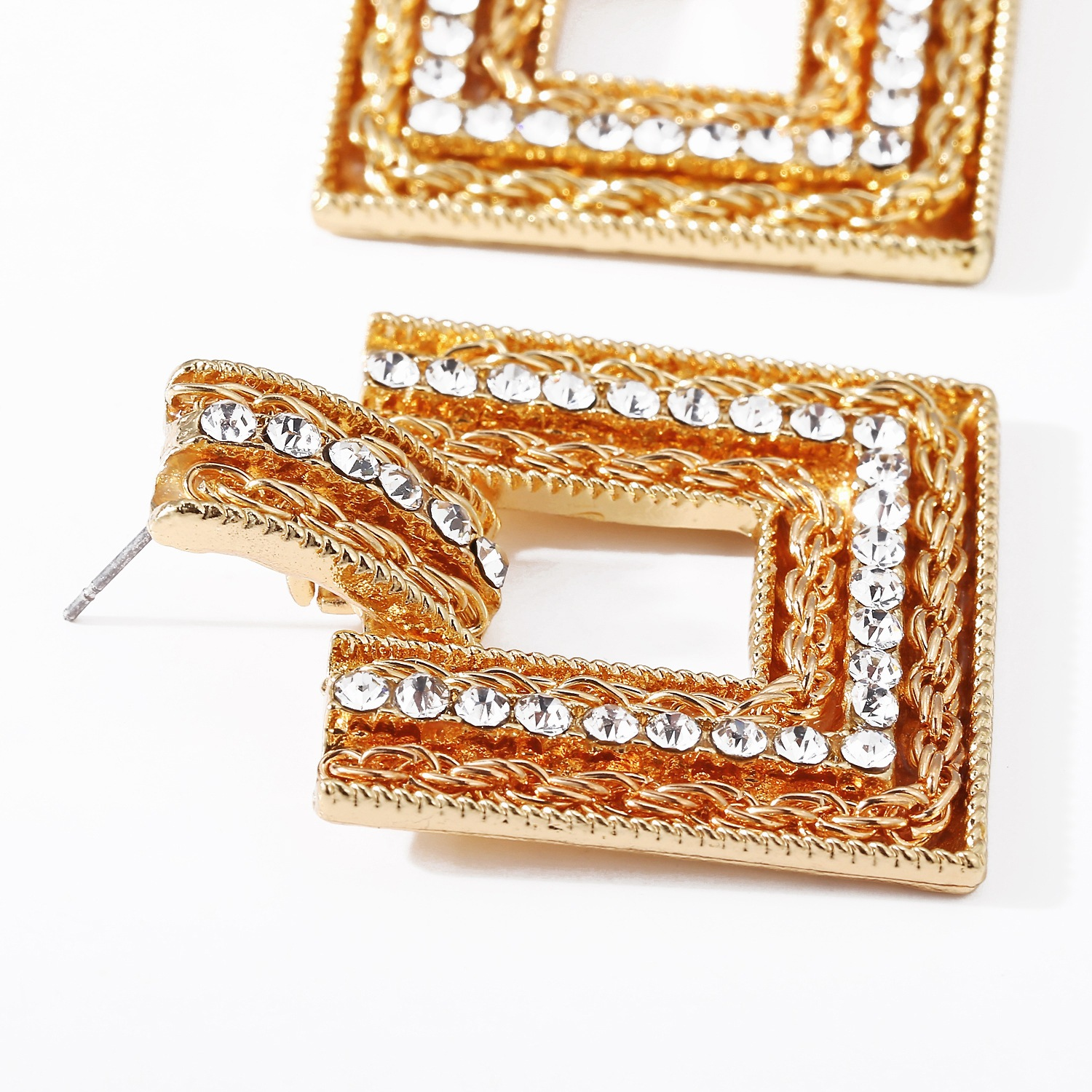Golden Geometric Earrings Creative Retro Exaggerated Ear Jewelry wholesales fashion NHPJ201418