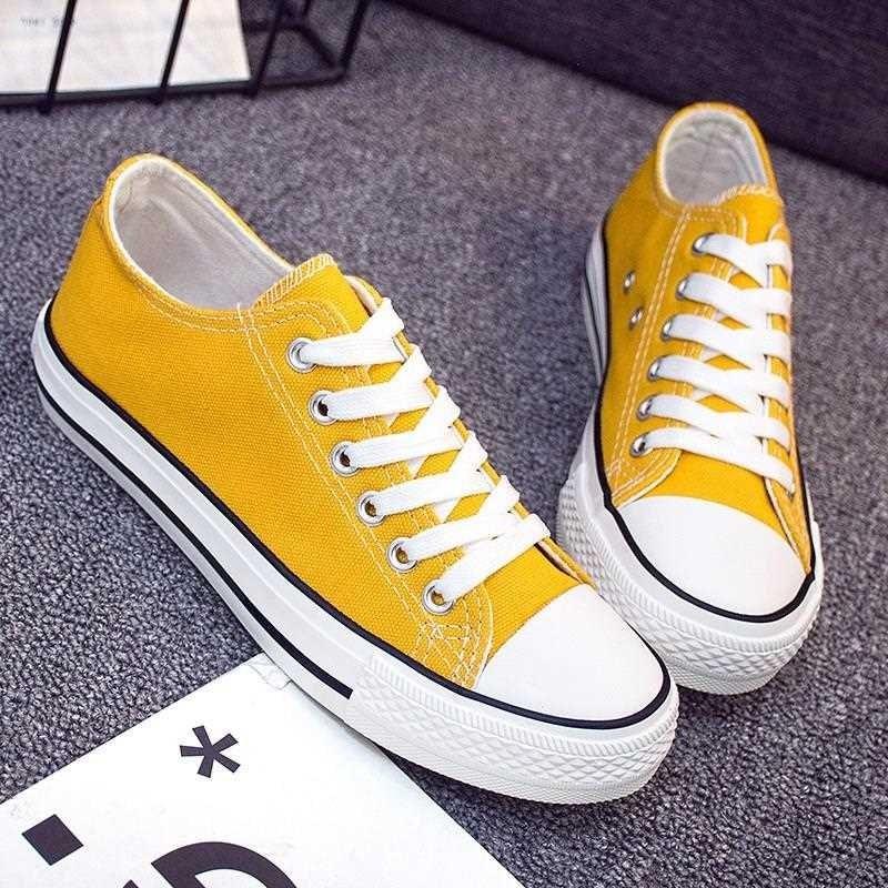 New 1970s canvas shoes yellow shoes men