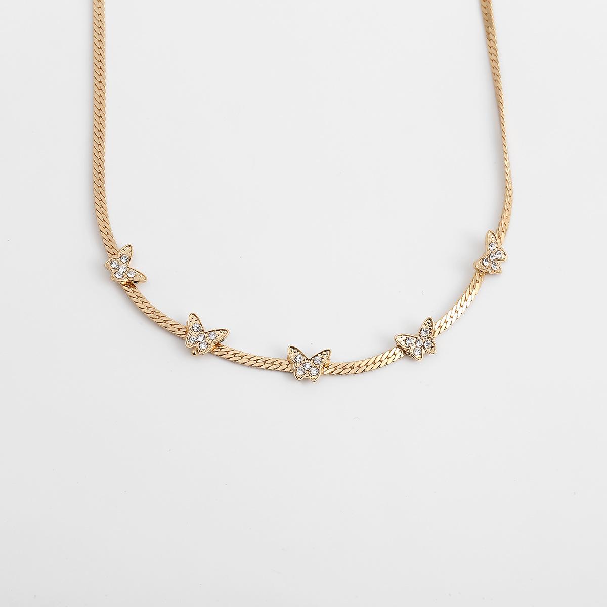 fashion jewelry microset fashion geometric singlelayer necklace temperament short snake bone chain butterfly necklace wholesale nihaojewelry NHXR221318