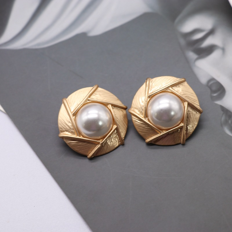 Large round exaggerated  half-piece imitation pearl silver needle stud earrings  NHOM271530