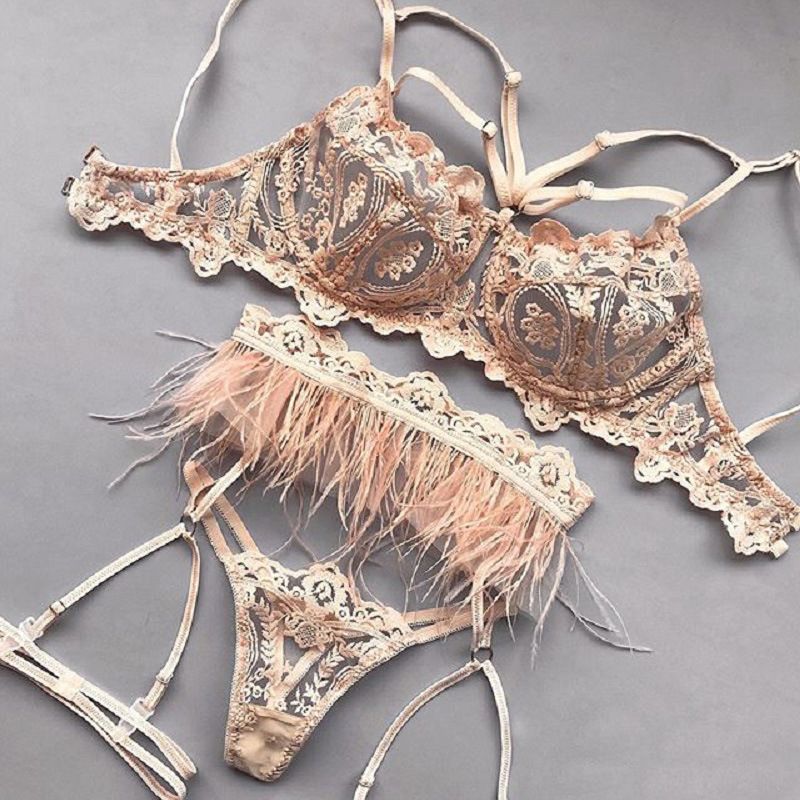 Feathered trim lace garter lingerie set NSWY45250