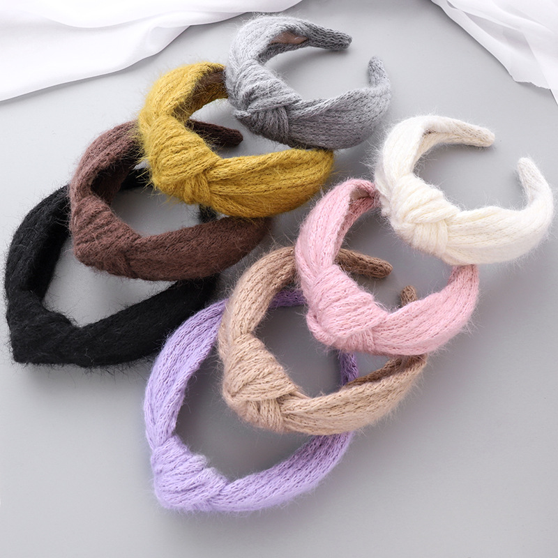 striped retro woolen knitted middle knot headband  NHOU277987