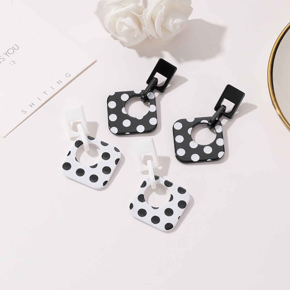 Korean new trend wave point acetate earrings fashion acrylic long earrings women NHJJ205190